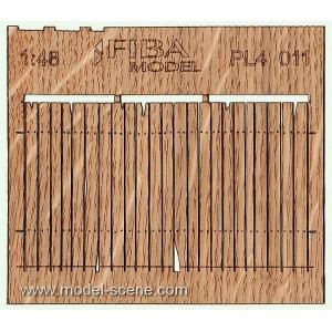 Plain Plank Rustic Cedar Fence  1:48