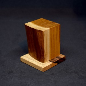 40mm Wood Plinth with Bark Face